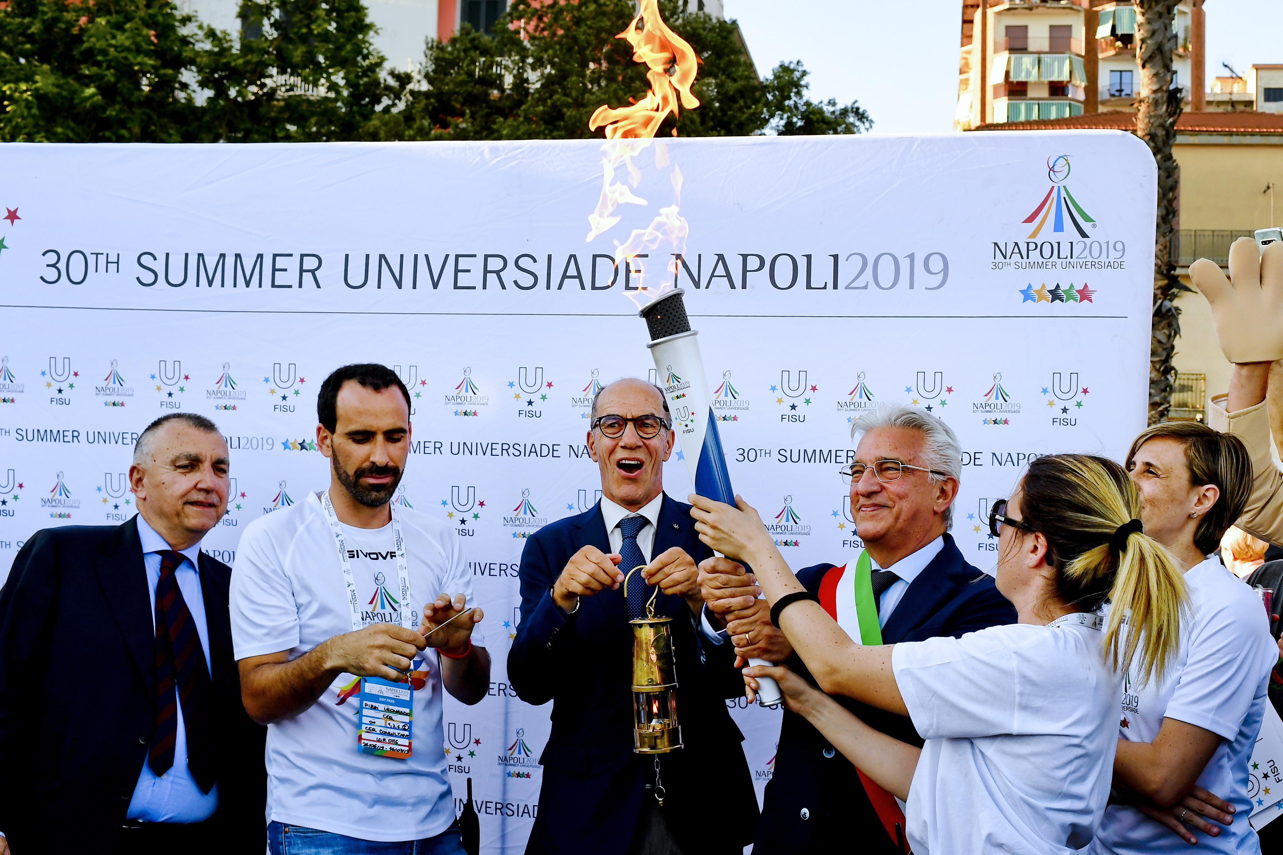 (Italiano) Torch Relay Napoli 2019 – Salerno